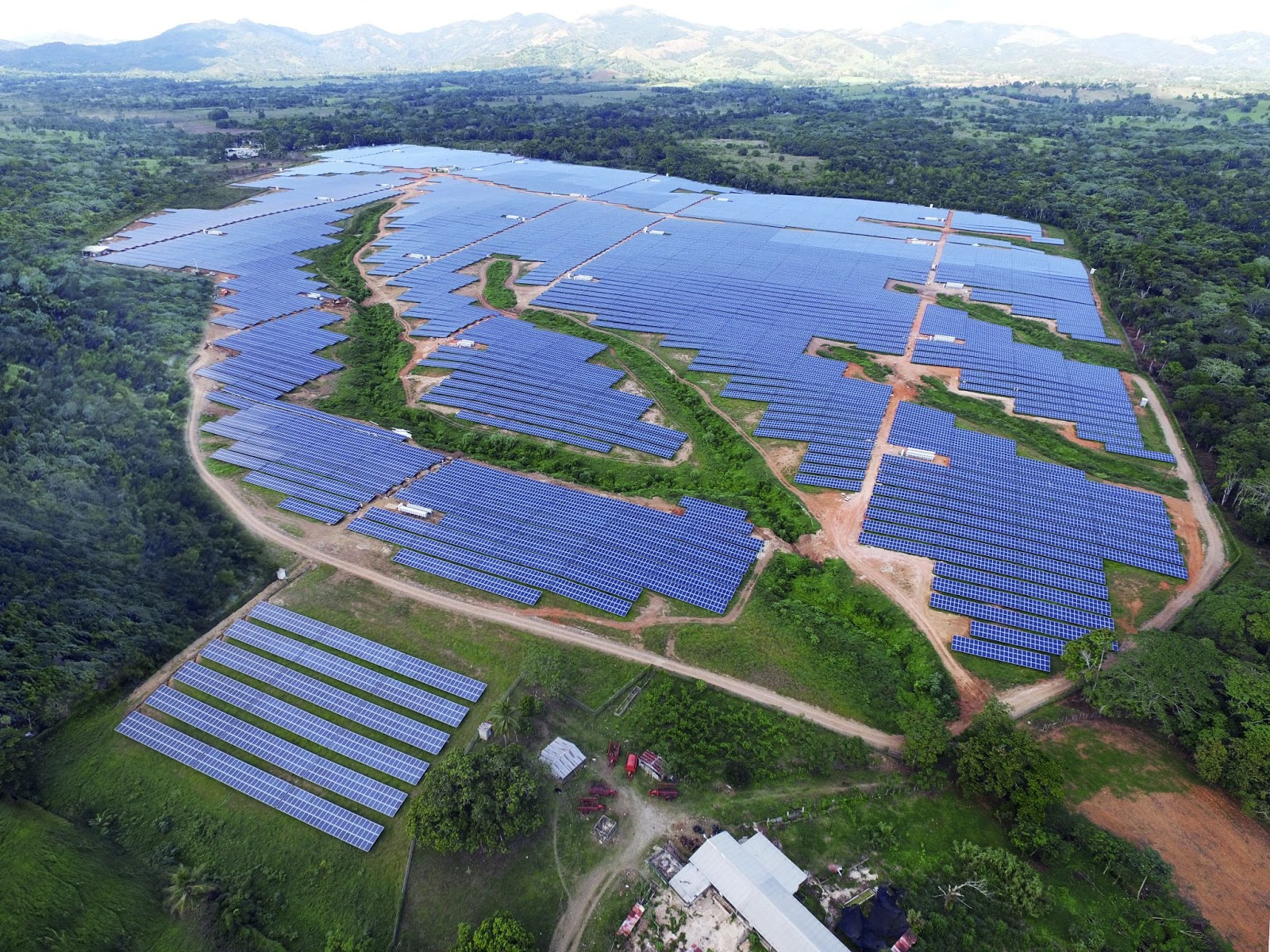 Deetken Impact Sustainable Energy Signs Agreements to Acquire Participation in the Monte Plata Solar Power Plant in the Dominican Republic